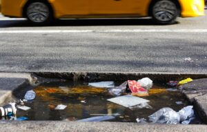 Garbage lying on the New York's street